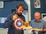 Martin Connor stress tests a paper plate!<br>Colin Wood gets ready to dive out of the way